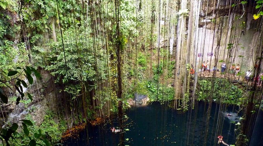 Baden in Cenote © Planet Mexiko